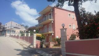 Kouros Apartments