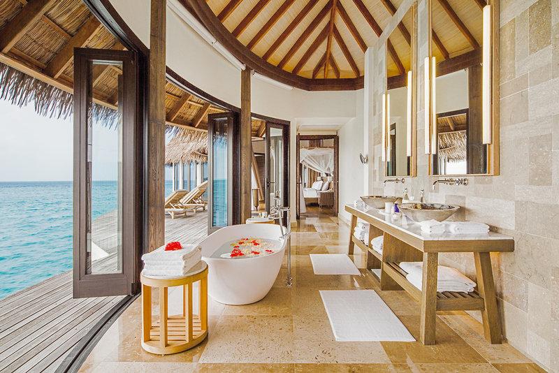 Thaa (Kolhumadulu) Atoll ab 4027 € 3
