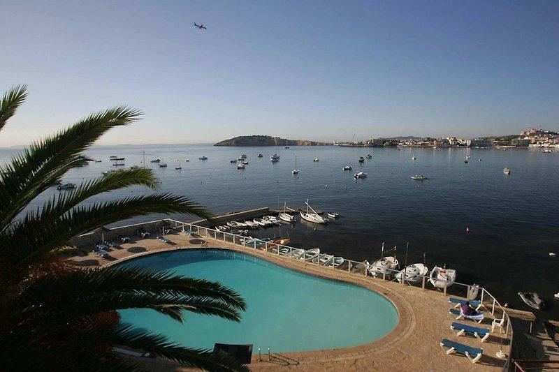 Simbad in Playa Talamanca ab 482 €