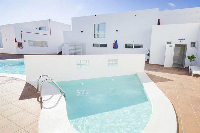 Hotel Tabaiba Center in Costa Teguise, Lanzarote WEL