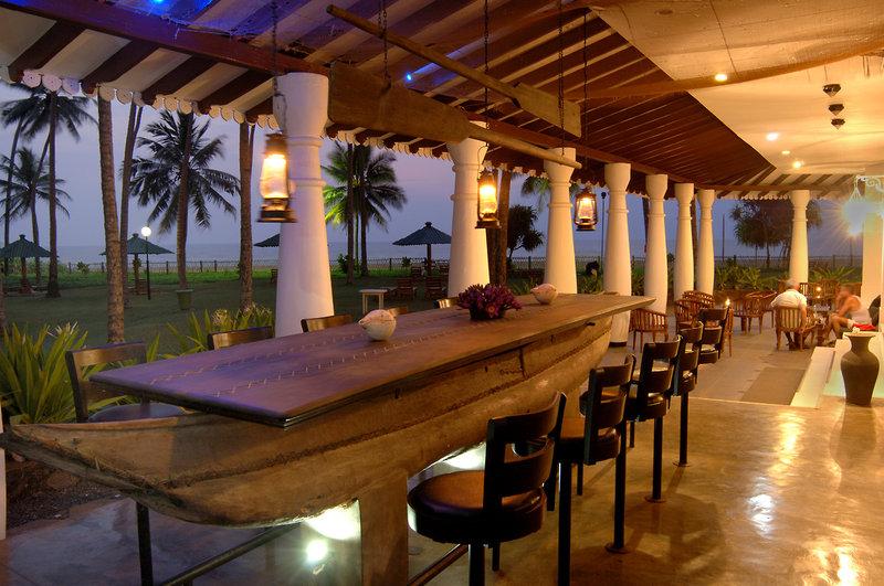 Tangerine Beach Hotel in Kalutara, Sri Lanka BA