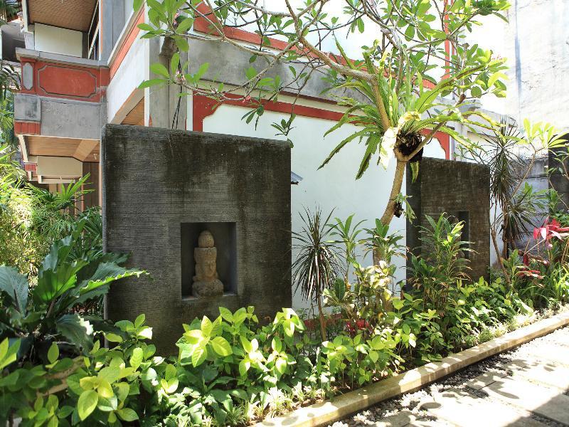Legian Village Hotel in Legian, Indonesien - Bali A