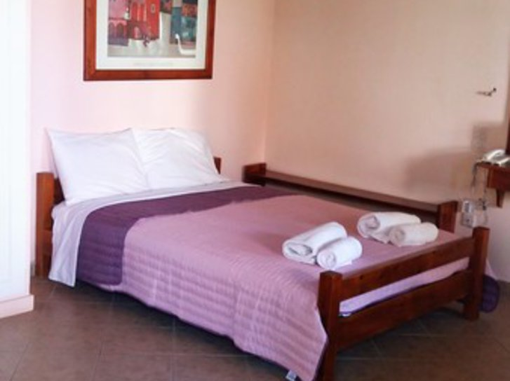 Phillippos Hotel Apartments in Nikiana, Lefkas (Ionische Inseln) W