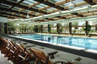 Hotel Sunis Kumköy Beach Resort & Spa Hallenbad