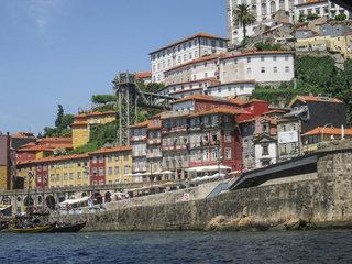 Hotel iStay Porto Centro Außenaufnahme