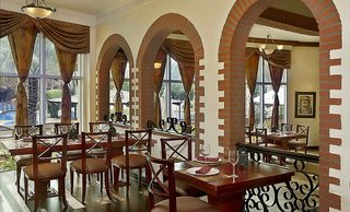 Hotel Habtoor Grand Resort, Autograph Collection Restaurant