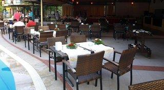 Hotel Lemas Suite Restaurant