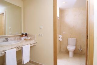 Hotel ZAFIRO Mallorca Badezimmer