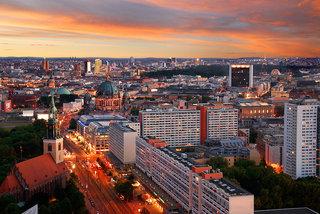 Hotel a&o Berlin Kolumbus Stadtansicht