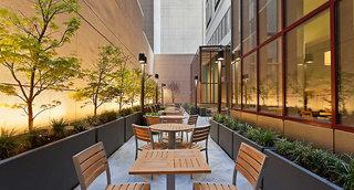 Hotel Fairfield Inn & Suites New York Midtown Manhattan/Penn Station Terasse