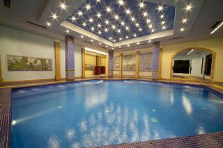 Hotel Fantazia Resort Hallenbad