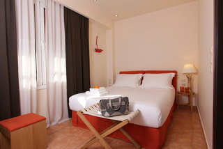 Hotel White Lotus Hotel Wohnbeispiel