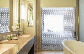 Hotel Hilton Dubai Al Habtoor City Badezimmer