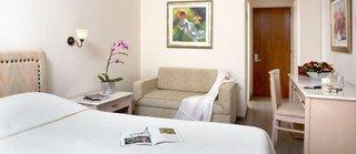 Hotel Amarilia Wohnbeispiel