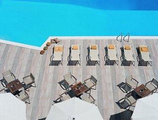 Hotel Amarilia Pool