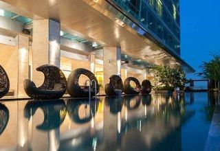 Hotel Eastin Grand Sathorn Pool