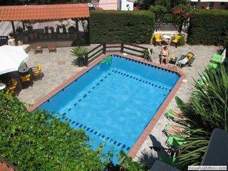 Hotel Ammon Garden Pool