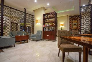 Hotel Royal Star Beach Resort Bar