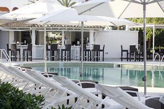 Hotel BG Caballero Hotel Pool