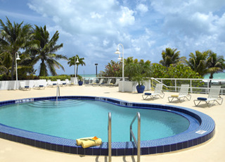 Hotel Best Western Plus Atlantic Beach Resort Pool