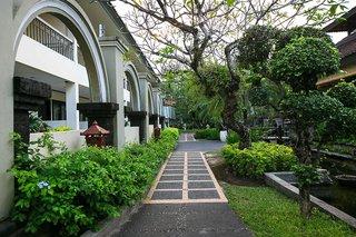 Hotel Legian Paradiso Garten