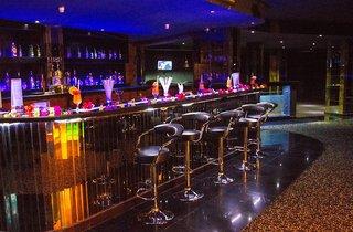 Hotel Golden Beach Resort Bar