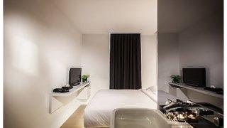 Hotel A-One Star Hotel Wohnbeispiel