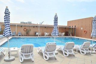 Hotel Sheraton Khalidiya Pool