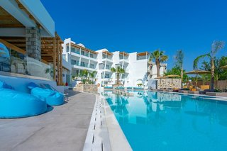 Hotel Kouros Home Pool