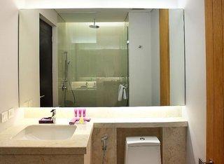 Hotel Grand Inna Kuta Badezimmer