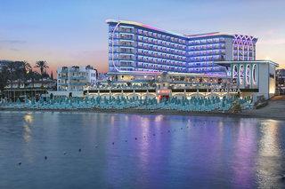 Hotel Granada Luxury Beach Pool