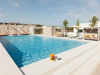 Hotel Adagio Aparthotel Rome Vatican Pool