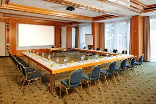 Hotel Krumers Alpin - Your Mountain Oasis Konferenzraum