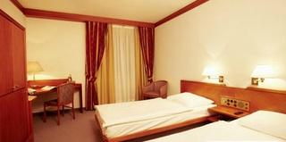 Hotel FourSide Hotel Salzburg Wohnbeispiel