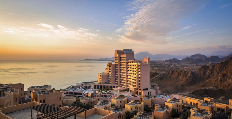 VAE Fairmont Fujairah Beach Resort