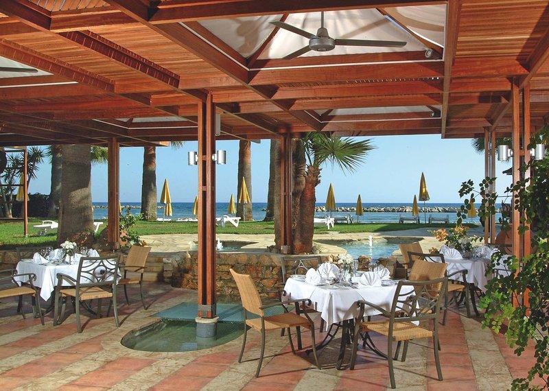 Palm Beach Hotel & Bungalows 9