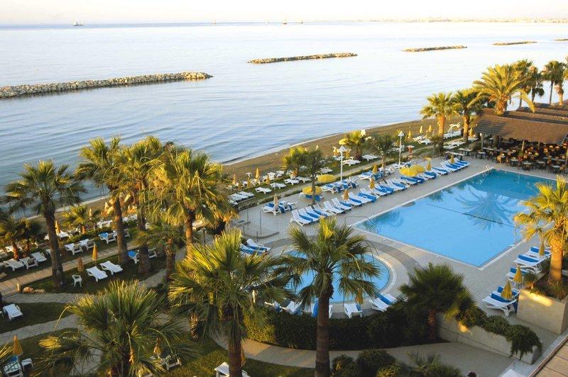 Palm Beach Hotel & Bungalows 4