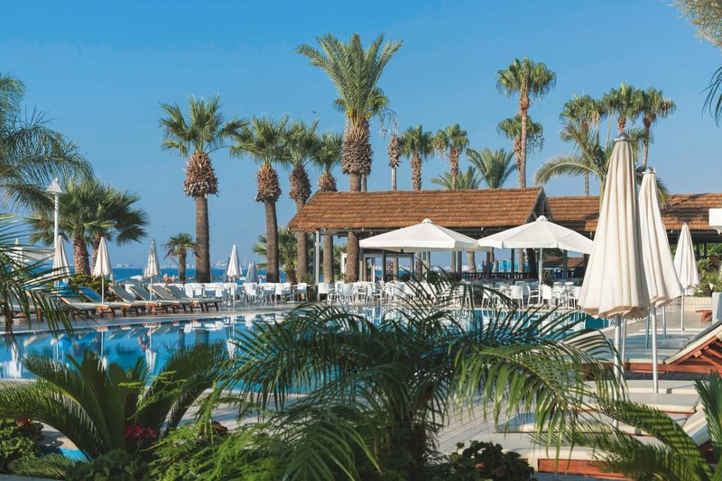 Palm Beach Hotel & Bungalows 1