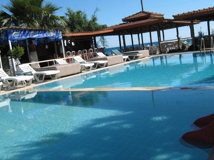 As Queen Beach  Pool