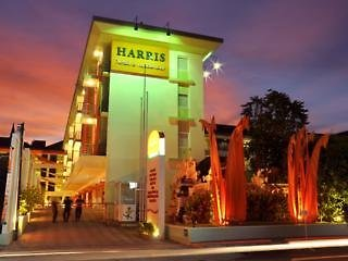 HARRIS Hotel & Residences Riverview Kuta Außenaufnahme