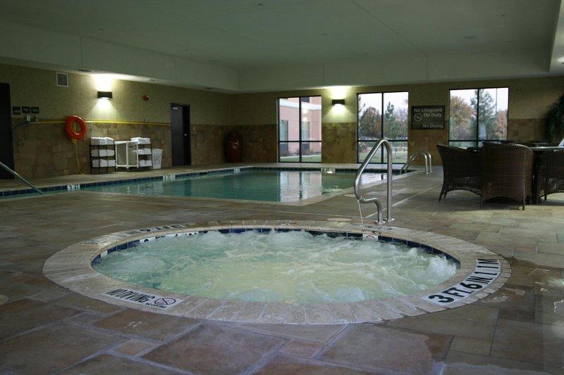Hampton Inn & Suites Fort Worth-Fossil Creek Pool
