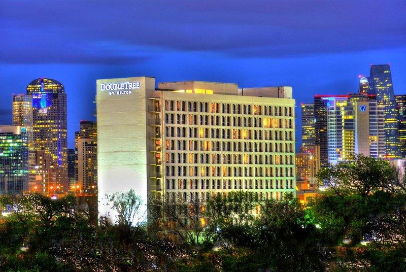 DoubleTree by Hilton Dallas - Market Center Außenaufnahme