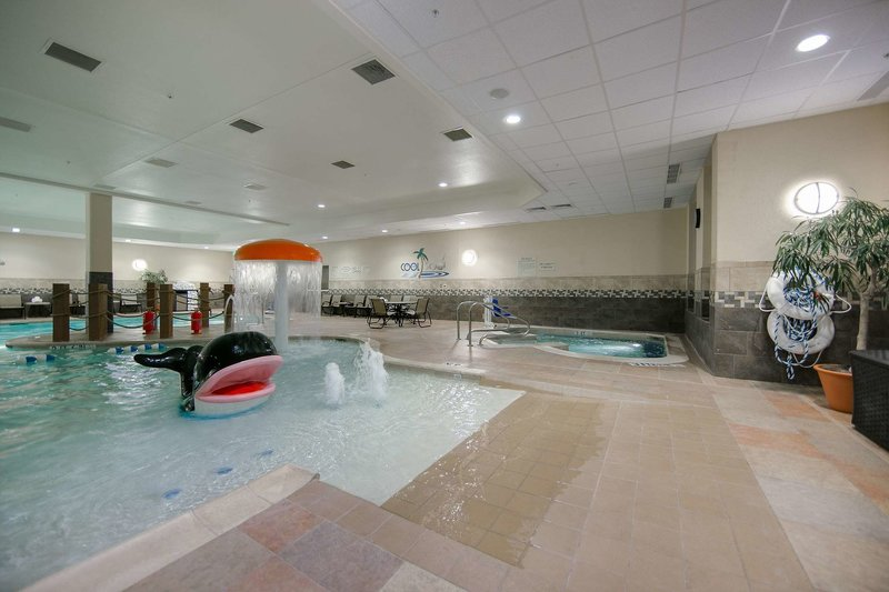 Hilton Garden Inn Fort Worth Medical Center Pool