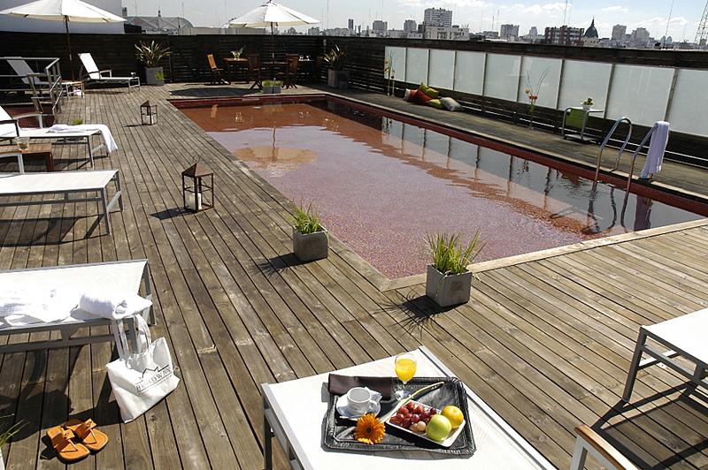 Broadway Hotel & Suites Pool