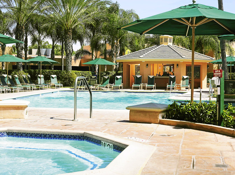 Sheraton Park Hotel at the Anaheim Resort Pool