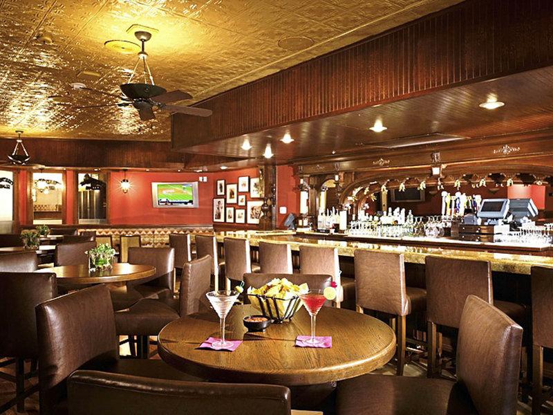 Sheraton Park Hotel at the Anaheim Resort Restaurant