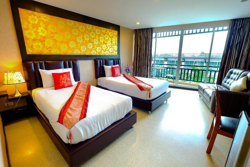 Aranta Airport Hotel Wohnbeispiel