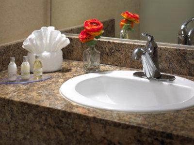 Portofino Inn & Suites Badezimmer
