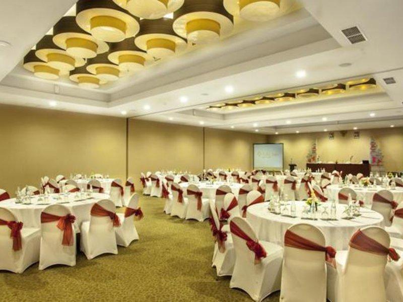 Adhi Jaya Sunset Hotel Konferenzraum