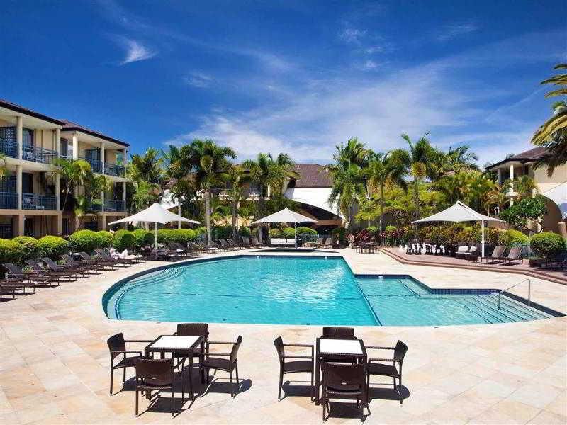 Mercure Gold Coast Resort Pool